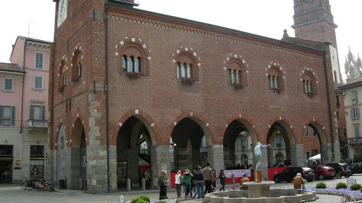 Interrogazione parlamentare sull'accessibilità dell'Arengario di Monza - Featured image